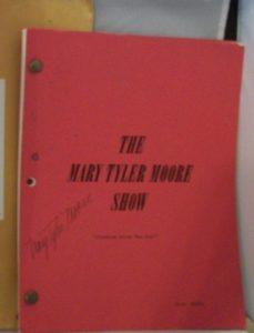 signed-mary-tyler-moore-script_1_b9176d2fec55361de8c274cf7e114b54